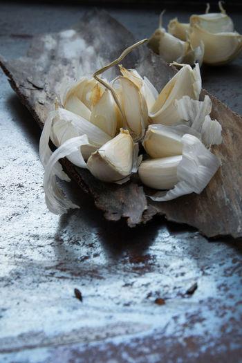 Garlic Raw Close-up Food Food And Drink Freshness Garlic Bulb Garlic Clove Indoors  Ingredient No People Still Life Vegetable