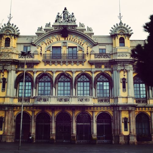 Port De Barcelona Barcelona Architecture The World Needs More Yellow