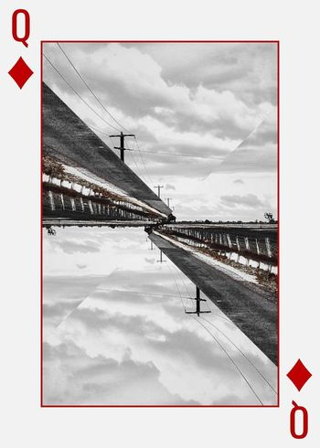 Twist Your Horizon. QueenOfDiamonds EyeEm Selects Sky Cloud - Sky Outdoors Day Blackandwhite Horizon
