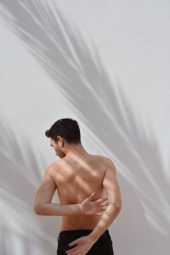 Untouched Skin Shadow Shadow And Light Shadows & Lights Wall Backportrait Back The Week on EyeEm Eye4photography  EyeEm Gallery EyeEm Selects EyeEm Best Shots Shirtless One Person Adult Standing Young Adult This Is Natural Beauty Human Body Part Waist Up Three Quarter Length Textile