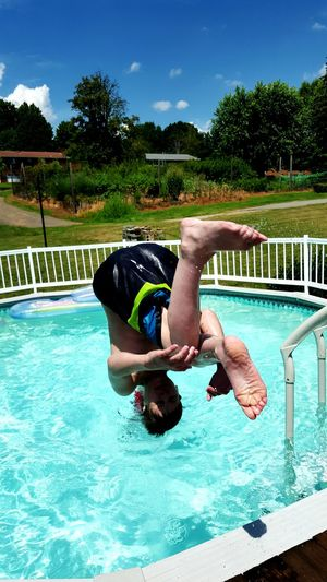 Summer2015 Pool Time Frontflip