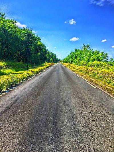 Vide deux sens ! Sur La Route On The Road Hello World Paysage