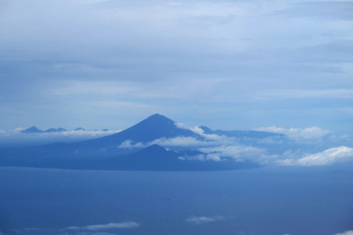 Agung Mountain, Bali Indonesia CanonpowershotG7X Eyeemphotography MyPhotography EyeEm Gallery Traveling Home For The Holidays Indonesia_photography Indonesian Photographers Collection Airplanewindow Indonesia_allshot