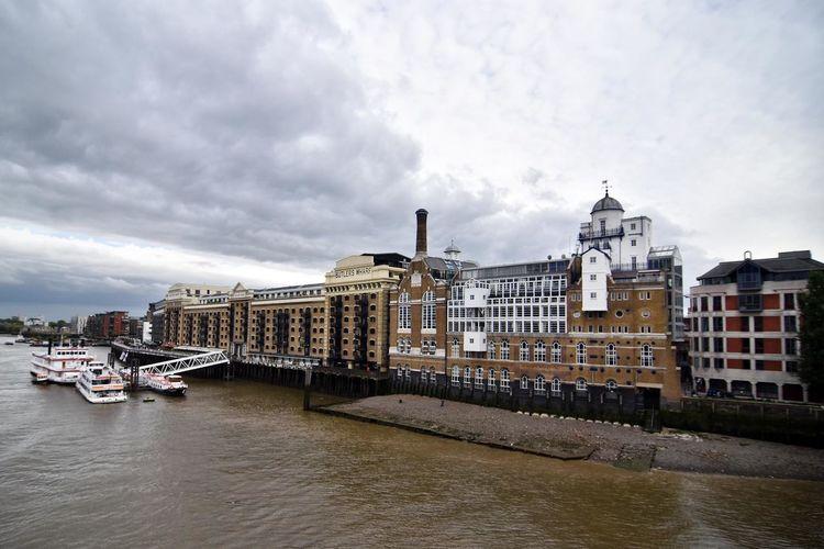 International Landmark London Outdoors River River Thames The River Thames Tower Bridge  Towerbridge Travel Destinations Pmg_lon