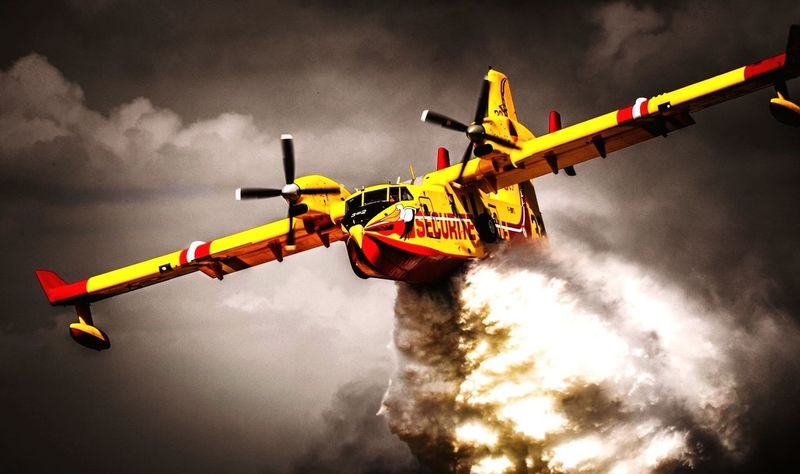 Sapeurspompiers Ciel Sécuritécivile Canadair Firefighter