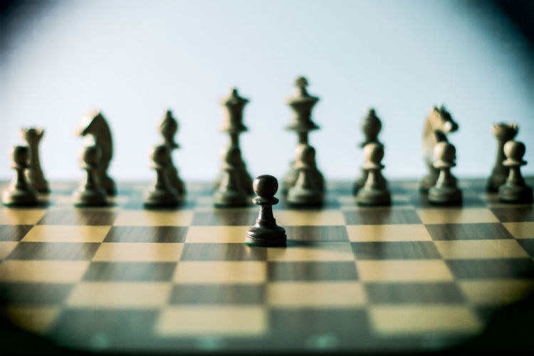 Check 10 Alone Life Revolution Schach Axvo Bauer Checked Pattern Chess Chess Board Chess Piece Close-up Game Indoors  Intelligence King - Chess Piece Knight - Chess Piece No People One Vs All Pawn Pawn - Chess Piece resist Shadows Sport Strategy Studio Shot