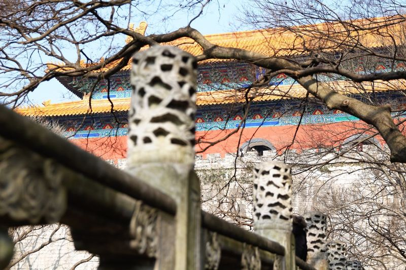 惯看春秋。Remain indifferent in the flying time. Bridge Gate Of Tomb Ming Dynasty Railing Remain Indefferent Tomb Of Emperor Zhu Yuanzhang Tourism In New Year White Marble
