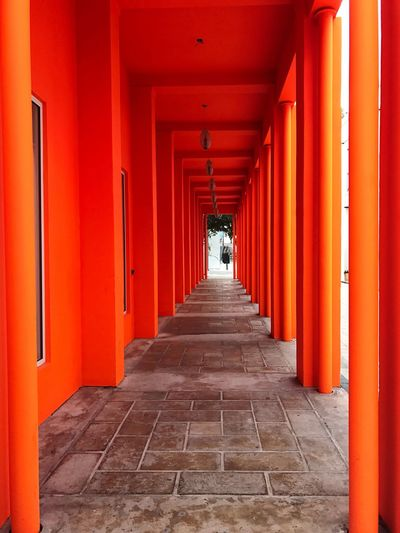 Light at the end of the tunnel Miami The Way Forward Orange Architectural Column First Eyeem Photo The City Light