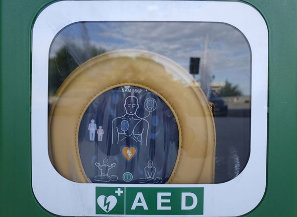 outdoor seating with defibrillator Emergency Healthcare Life Attack Day Defibrillator Defibrillator Station Outdoors Safety Street