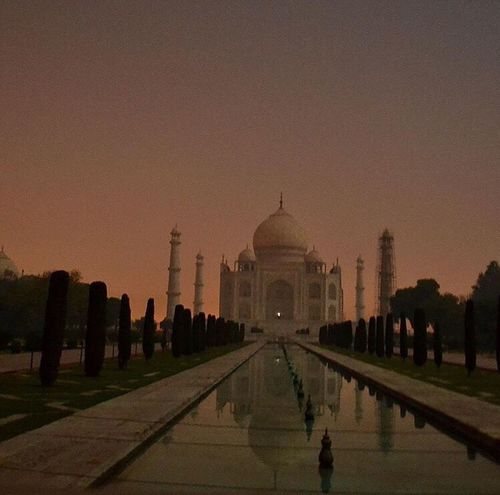 Reflecting Pool Dome Travel Destinations Architecture Memorial Built Structure Large Group Of People Outdoors The Great Outdoors - 2017 EyeEm Awards Sky Building Exterior Taj Mahal Tajmahal India Agra Architecture_collection Arcitecturephotography Architecturelovers Night ISO DSLR DSLR Photography EyeEm Selects