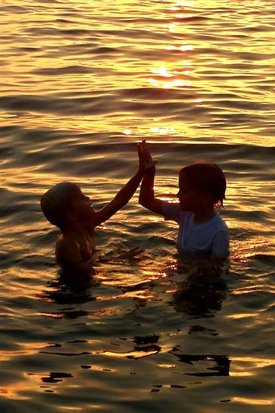 Nature Sunset Beauty In Nature Outdoors Sky Water Orange Beach Alabama Fun Brotherly Love Silhouette Reflection My Kids Togetherness Samsung Galaxy S4