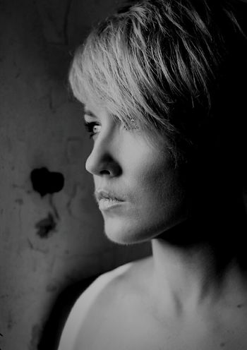 Fot.Mirgan Portrait Shadows Capture The Moment Monochrome EyeEm Bnw Portrait Of A Woman Women That's Me Women Of EyeEm