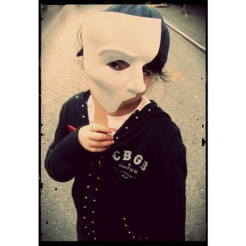 My little one with Phantom mask. BwayFlea Bwayflea2013 Phantom Phantommask thephantomoftheopera broadwayfleamarket nyc bcefa theaterkids kids