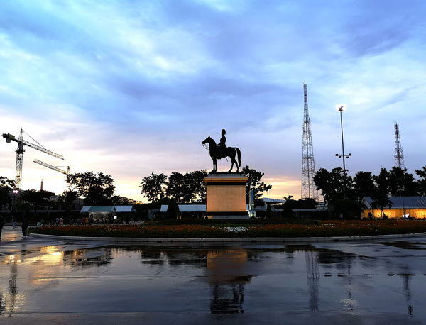 Bangkok King King Rama V Reflection Statue Twilight Architecture Cloud - Sky Dusk Horse Monument Puddle Of Rain Puddle Of Water Rama 5 Reflections In The Water Representation Sculpture Silhouette Sky Sunset Water