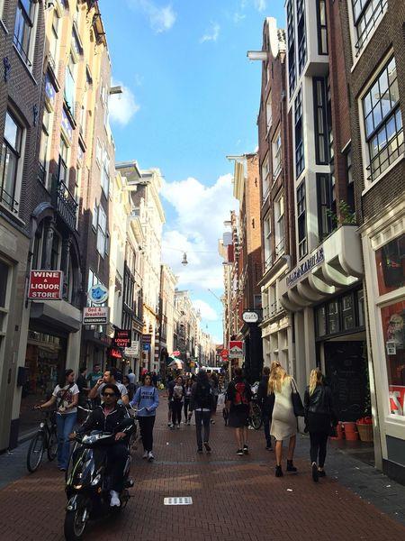 The Photojournalist - 2017 EyeEm Awards Amsterdam Netherlands Nieuwendijk Canal Ring
