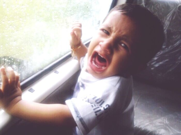 Awwww..!! Momentinphoto Capture The Moment Littleboy Cry