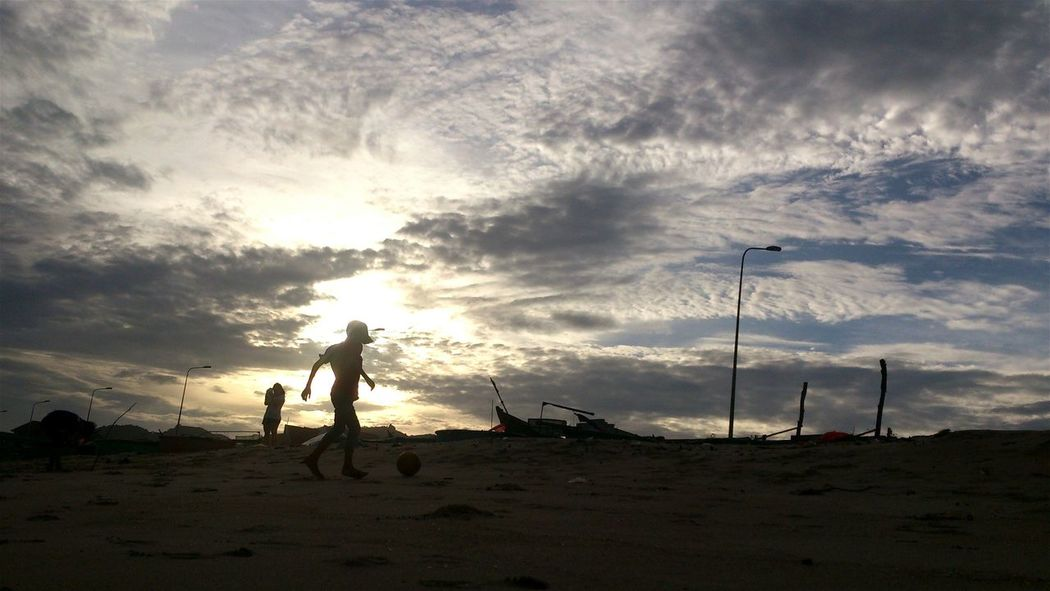 Kids Playing At The Beach Playing Football Kids Having Fun EyeEm Kids Twilight Sky My Hometown EyeEm Vietnam