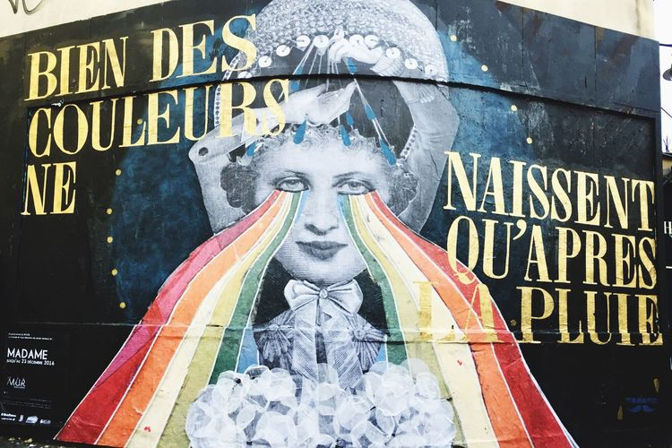 """""""Bien des couleurs ne naissent qu'après la pluie"""" by #madamemoustache #streetart #graffiti #graffitiwall #wall"""