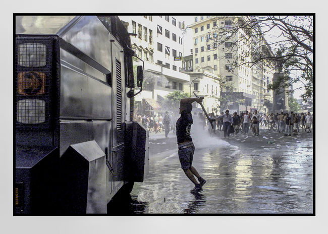 City Outdoors Police Car Protestas Ciudadanas Represion Skate