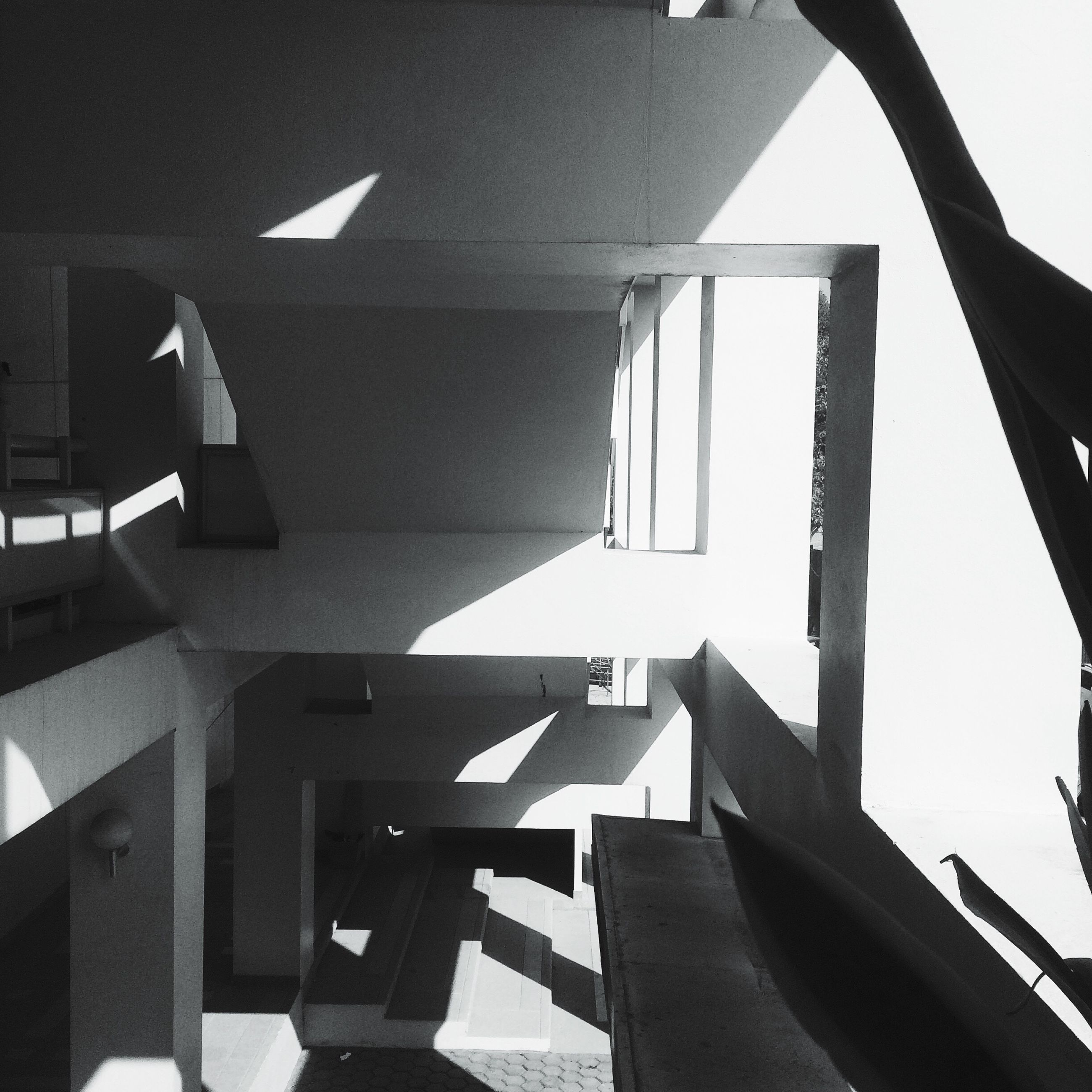 sunlight, built structure, shadow, indoors, architecture, no people, day