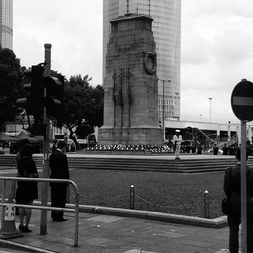 We remember those fallen in no men's land Hkig 2015  Remembranceday Remembrancesunday lestweforget cenotaph 和平紀念日 國殤紀念日 和平紀念碑