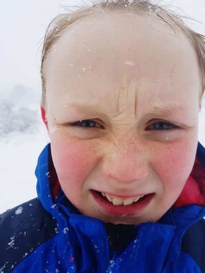 Snowing Snow Flakes Snow Flake Blue Eyes Snow Portrait Child Human Eye Water Childhood Protruding Smiling Looking At Camera Headshot Human Face Freckle Eye Color Eye Snowfall Snowflake Snowball Eyebrow Water Drop The Portraitist - 2019 EyeEm Awards