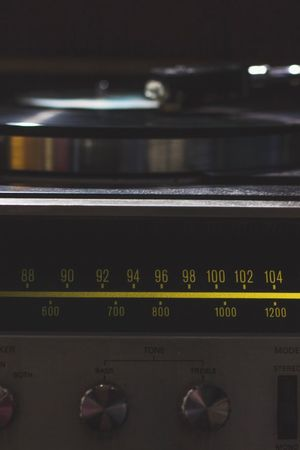 Communication Close-up Technology Retro Styled Indoors  No People Old-fashioned Control Panel Day Vintage Shopping Stereo Record Player Needle Indoors  Gramophone Sound Recording Equipment Old-fashioned Audio Equipment Turntable Record Arts Culture And Entertainment Music Vinil