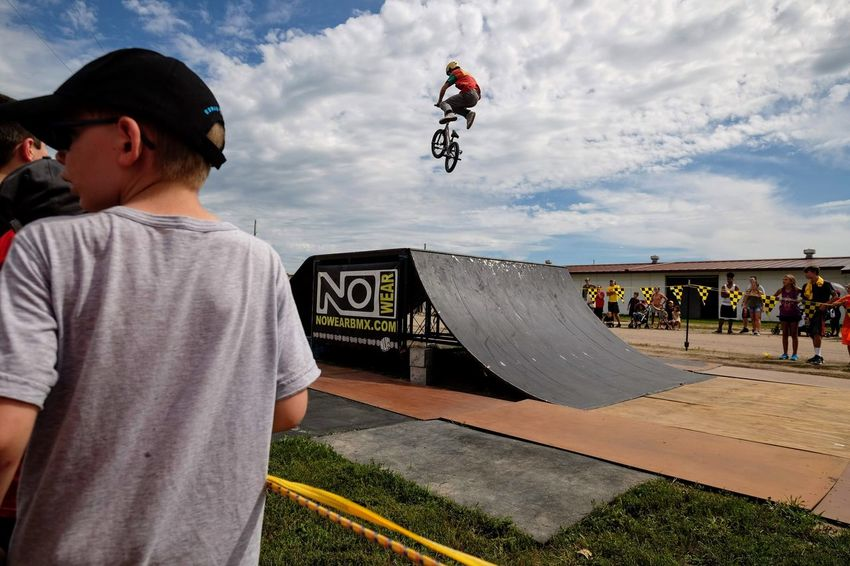 Nowear BMX Team Nebraska State Fair September 1, 2018 Grand Island, Nebraska Camera Work Check This Out Event EyeEm Best Shots FUJIFILM X-T1 Fujinon 10-24mm F4 Getty Images Grand Island, Nebraska Nebraska State Fair NowearBMX Photo Essay Photojournalism RISK Skill  Stunt Action Action Shot  Bicycle Bmx  Boys Day Extreme Sports Freestyle Leisure Activity Lifestyles Males  Men Mid-air One Person Outdoors Real People RISK S.ramos September 2018 Skateboard Skateboard Park Skill  Sky Spectator Sport Sports Equipment Sports Ramp Stunt