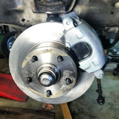 New disc brakes for my Chevy 55. Chevy Classicchevy Chevy55 Sweden Vellinge brakes summitracing
