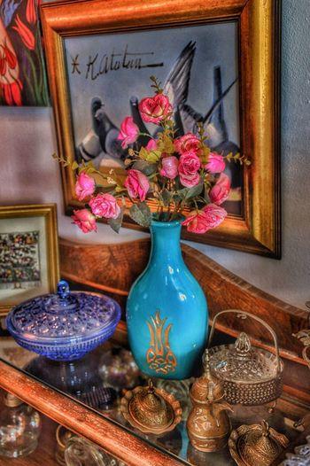 We Biz Istanbul Tuzla Ben Vazo çiçek