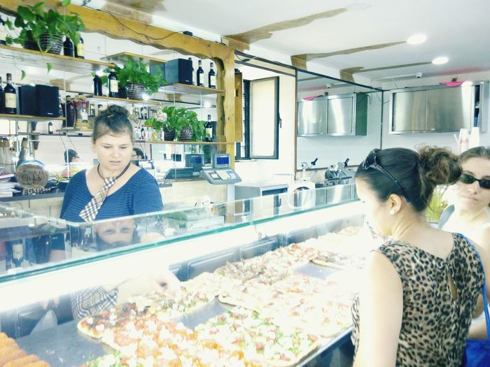 Holiday POV Pizzateria Madame Relaxing Taking Photos Rome Travel Sightseeing Tourism Lunch