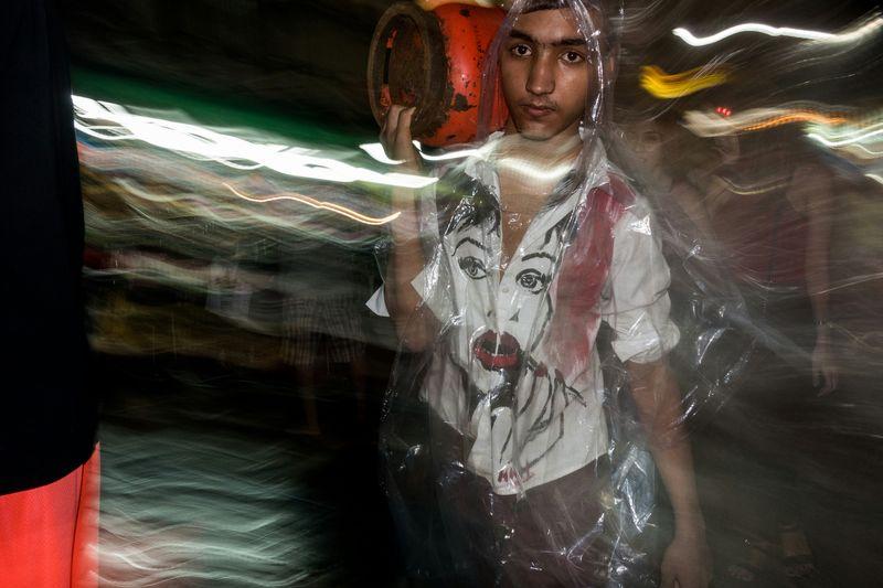 Gas man The Human Condition Sony Rx100 Iii Nepali  Nepali Way Nepalipeople😊 Khaosanroad Khaosan Road Walking Street Urban Lifestyle The Street Photographer - 2016 EyeEm Awards The Photojournalist - 2016 EyeEm Awards The Portraitist - 2016 EyeEm Awards