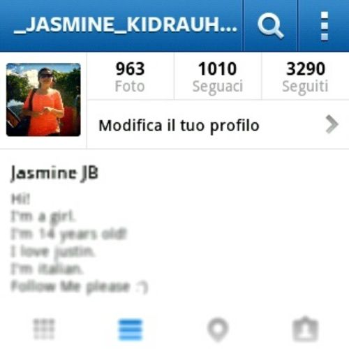 Follow Me Pleasee  '-'