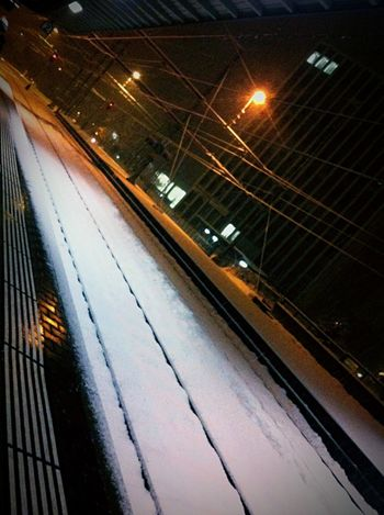 Public Transportation Darkness And Light Snow Tadaa Community Bahnhof Open Edit