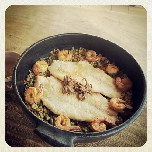 Only in Egypt :) @castlezaman Slowcooked Tasty Food Foodporn Shrimp Octopus Seafood Claypot Pottery sinai RedSea Egypt