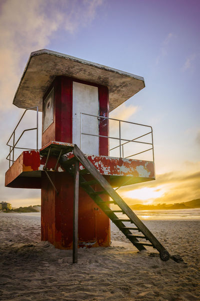 Old lifeguard house at Praia do Forte, Cabo Frio, Rio de Janeiro Brazil Cabo Frio Architecture Beach Beauty In Nature Brasil Building Exterior Built Structure Cloud - Sky Day Nature No People Outdoors Sand Sea Sky Sunrise Water