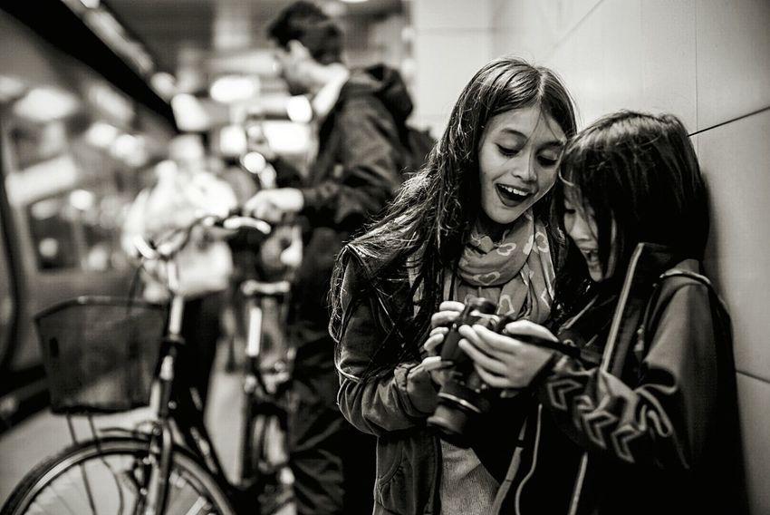 Nice shot sister! Taking Photos Peoplephotography Streetphoto_bw Streetphotography Subway People