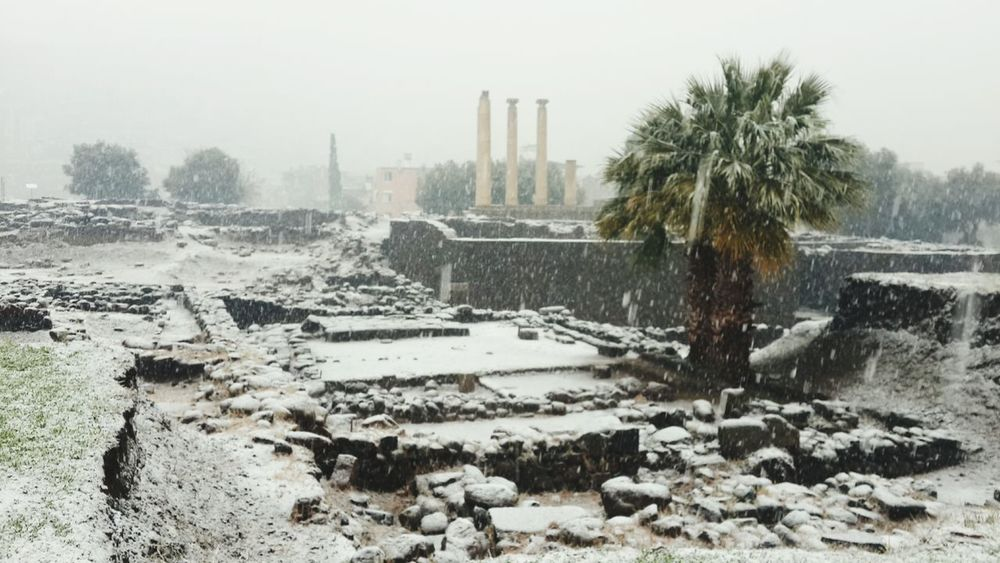 Ancient winter., ızmir Archeological Site Photooftheday Turkey Nature Photography Streetphotography Winter Day Snow❄⛄ Like4like Taking Photos Mood Ionian Old Buildings