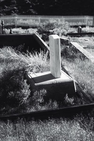 No People Outdoors Sunlight Day Nature Close-up Black & White By Tisa Clark Dark🌌 By Tisa Clark Shadow Tombstone Cemetery Darkness And Light Dark Photography Blackandwhite Shadows & Lights Ghost Town Grave Gravestone