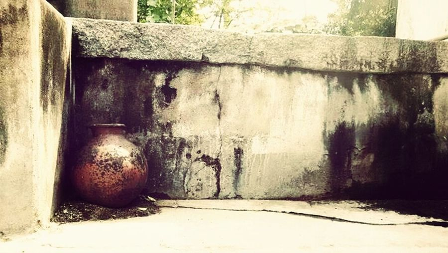 Broken pot.....in my frnd home.. SMR PHOTOGRAPHY..