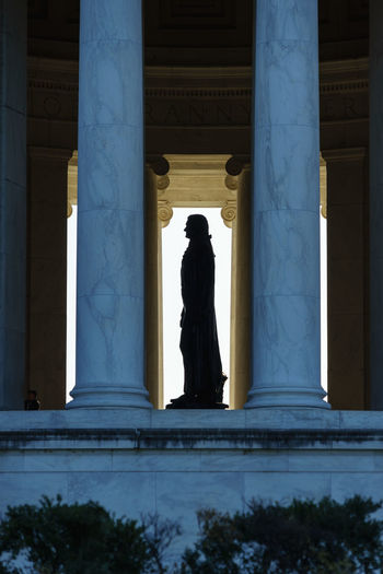 Silhouette Lincoln Memorial In Building