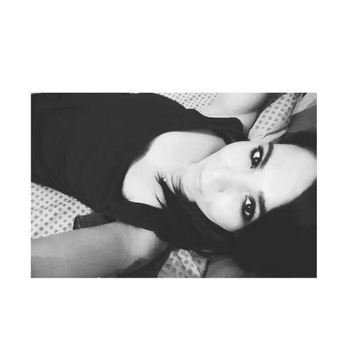 Oyleiste Oyle Bakma Anlayacaklar !!! Oyledertlidertlibakmagorenolmaz Oylebiryerdeyimki Oylemiolmus Oylemidir Oylebirgideceksinki Oyleydi öyle Işte  Öyle Demedi Mi Ya😅 sıyırmaca 😂😂