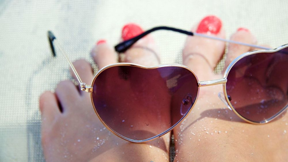 Personal Perspective Person Sunglasses Feet Beach Glasses Nails Red Brown Vacation Sand Sunny Heart Hearts Two Hearts Love Beauty Cute Women Around The World