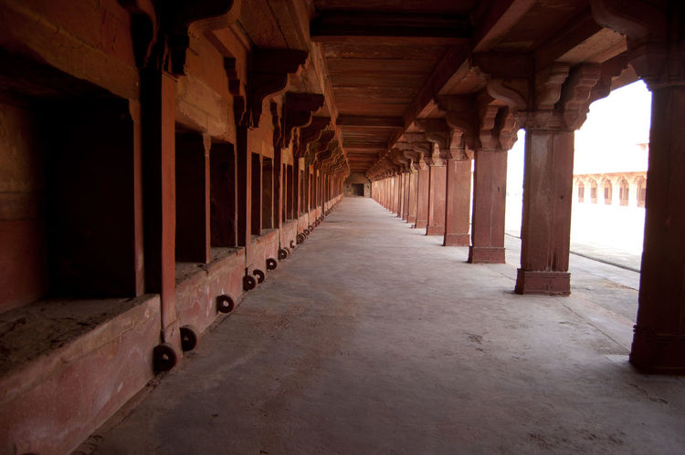 Architectural Column Architecture Built Structure Colonnade Diminishing Perspective In A Row Incredible India India Tourism Long Taj Mahal