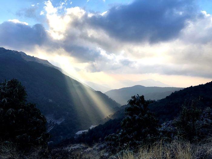 Ray of Light EyeEm Best Shots - Landscape EyeEm Best Shots - Nature Sister Nepal Sunrays Rays Of Light Sunlight Beauty In Nature Scenics - Nature Cloud - Sky Sky Mountain Mountain Range Tranquility Tranquil Scene Tree Outdoors Power In Nature