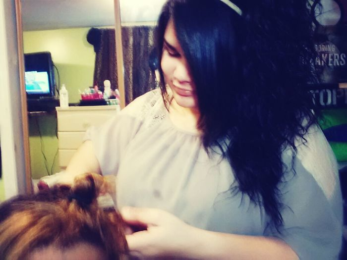 Janelys Doing My Hair Lol