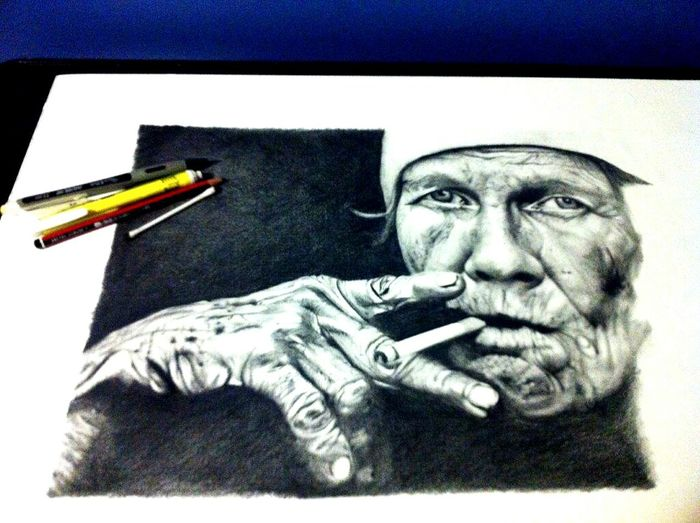 Leejefferies ArtDrawing Pencil Oldman Smoking