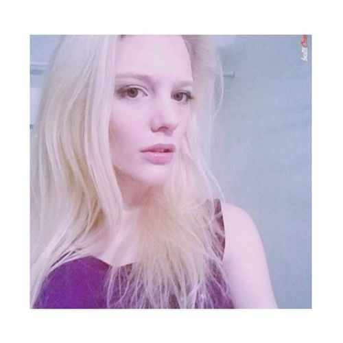 """""""If you fell down yesterday, stand up today"""" 💜 Bhbeautyselfie Roseandben Smile Beautiful Blonde Babe Picoftheday Universodamaquiagem_oficial Ladydanger1 Kilprity Love Wakeupandmakeup Fashionable Girl"""