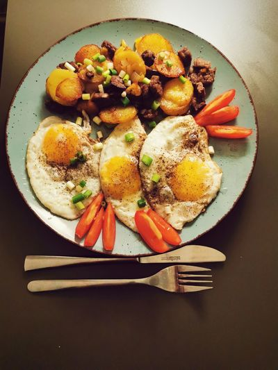 Tomatoes Eggs