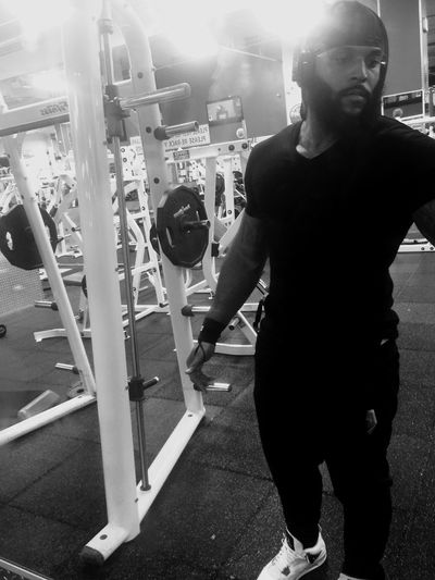 While y'all out partying I'm getting Gainz Happygainzgiving 💪🏽💪🏽💪🏽 Bosslife Workin Hard Armday Everyday